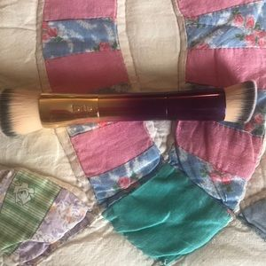 Tarte double ended foundation and concealer brush